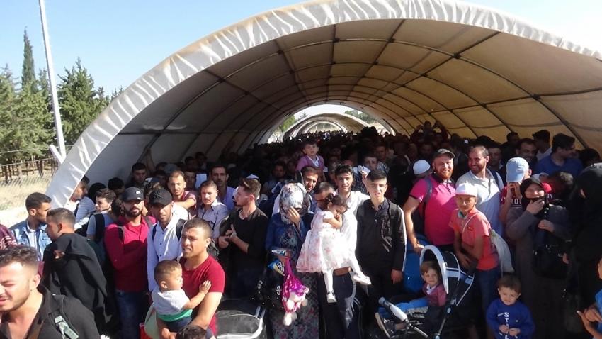 Bayramlaşmak için giden Suriyelilerin sayısı 31 bine ulaştı