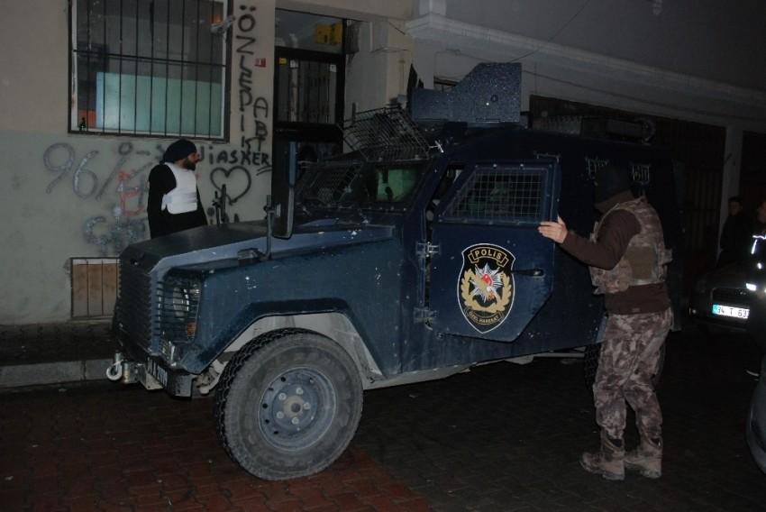 İstanbul Emniyetinden şafak operasyonu