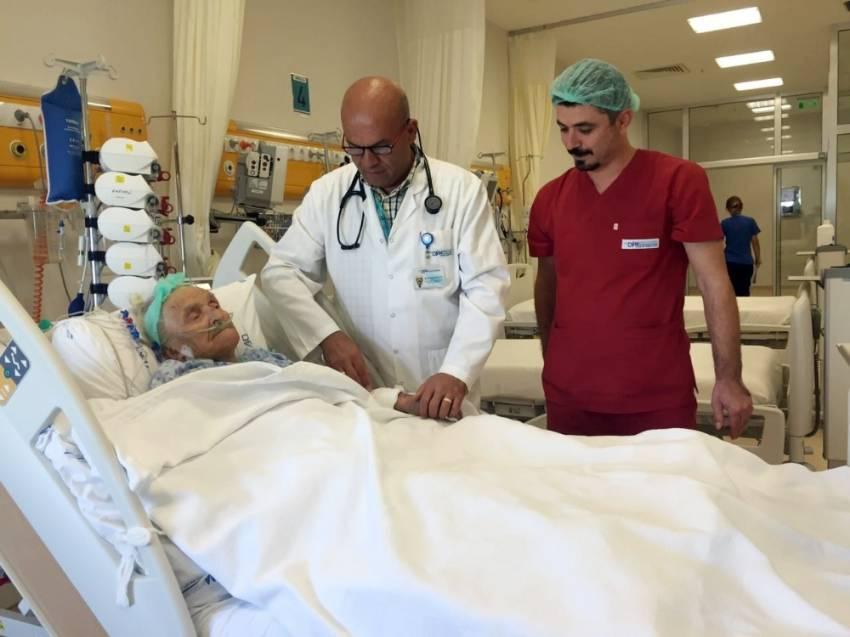 103 yaşında bypass olan nine tarihe geçti