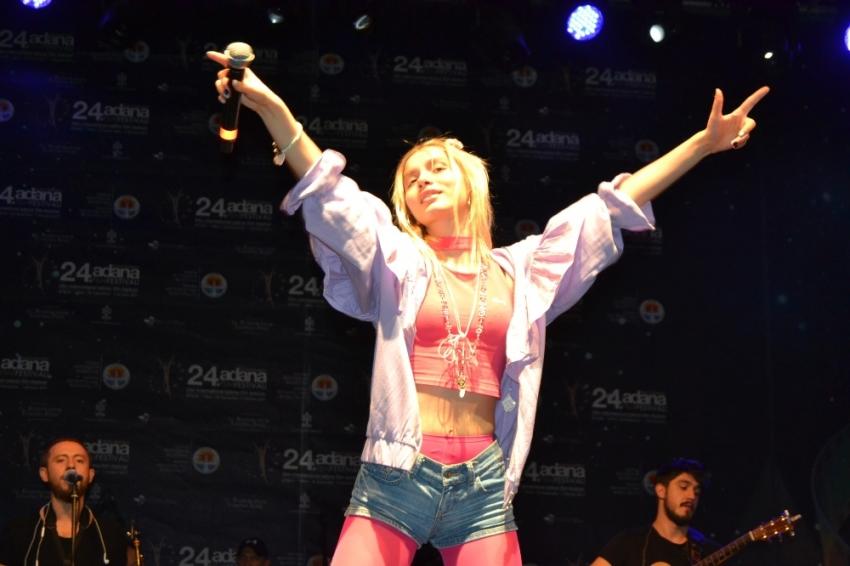 Aleyna Tilki konserinde ne oldu?