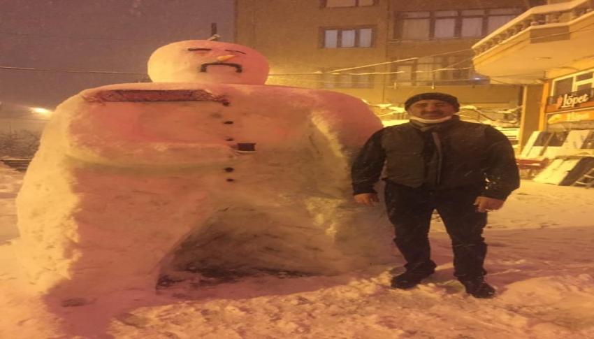 Hırsını kardan adamdan aldı, yere düşmekten son anda kurtuldu