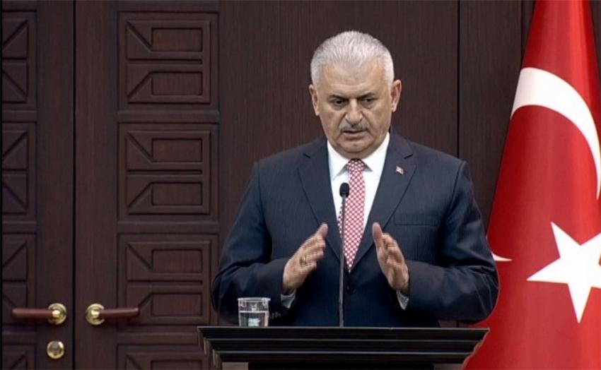 Yıldırım'dan Türk bayrağının yakılmasına tepki