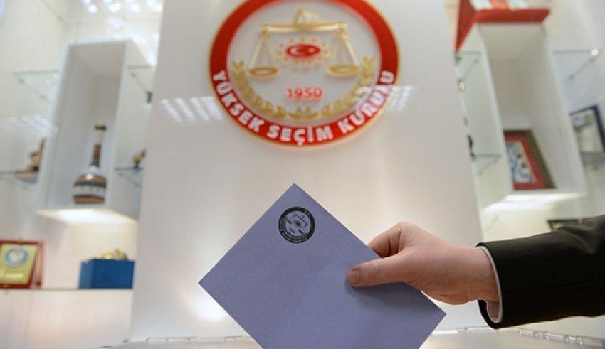 450 Bin Türk seçmen sandık başına gitti