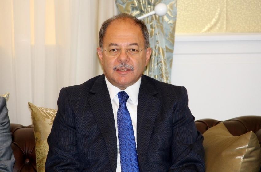Başbakan Yardımcısı Akdağ KKTC'de