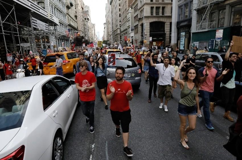 Trump'un ziyareti öncesi protesto gösterileri başladı