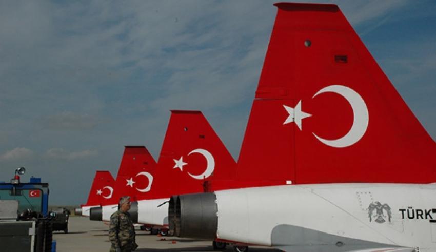 Türk Yıldızları Finlandiya'ya hareket etti