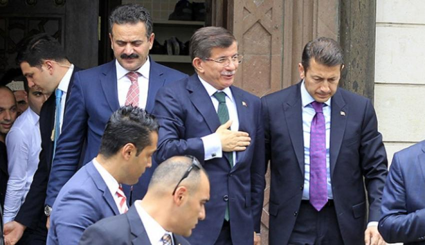 Davutoğlu belediye başkanlarıyla bir araya geldi
