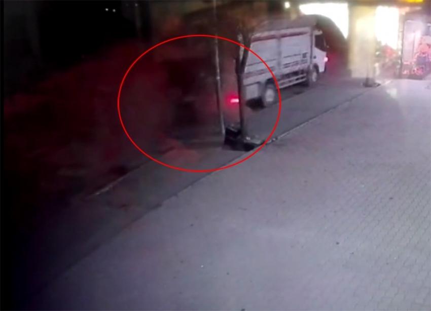 Polisten kaçan şüphelilerin kaza anı kamerada