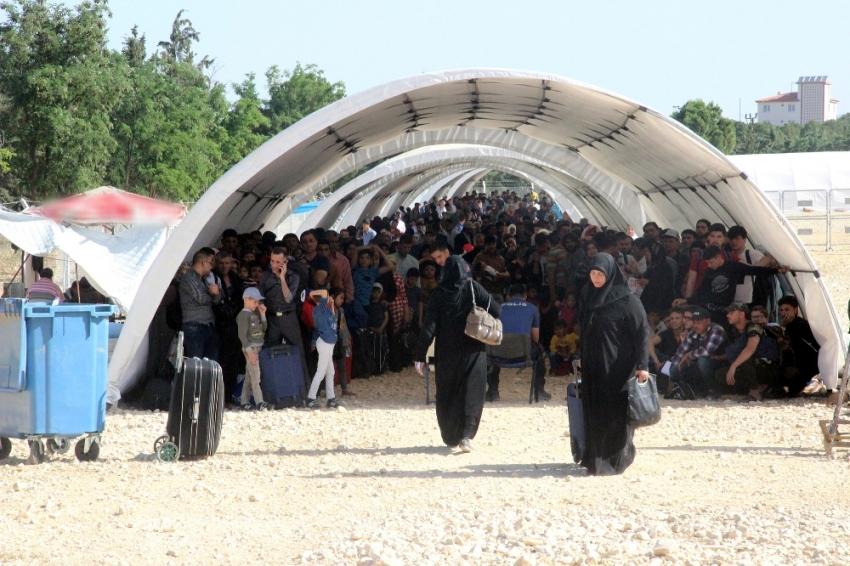 Bayram için ülkelerine giden Suriyelilerin sayısı 10 bini aştı