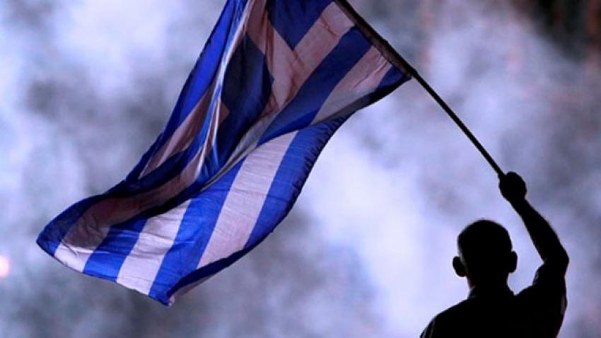 Her 3 Yunan vatandaşından biri yoksulluk riski altında