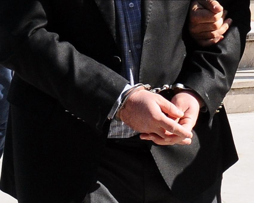 Adliyedeki gaz sızıntısına tutuklama