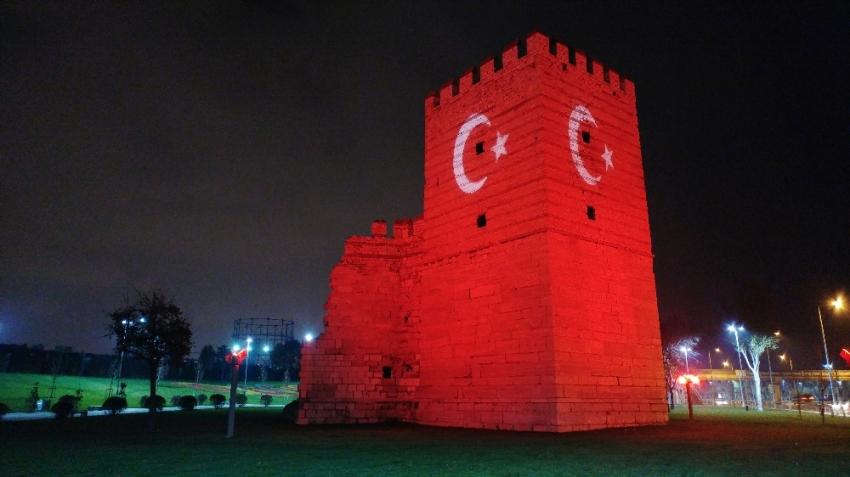 Türk bayrağı bu görüntüsüyle büyüledi