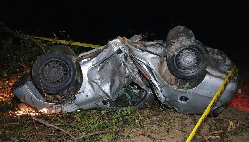 Yoldan çıkan otomobil tarlaya uçtu: 1 ölü