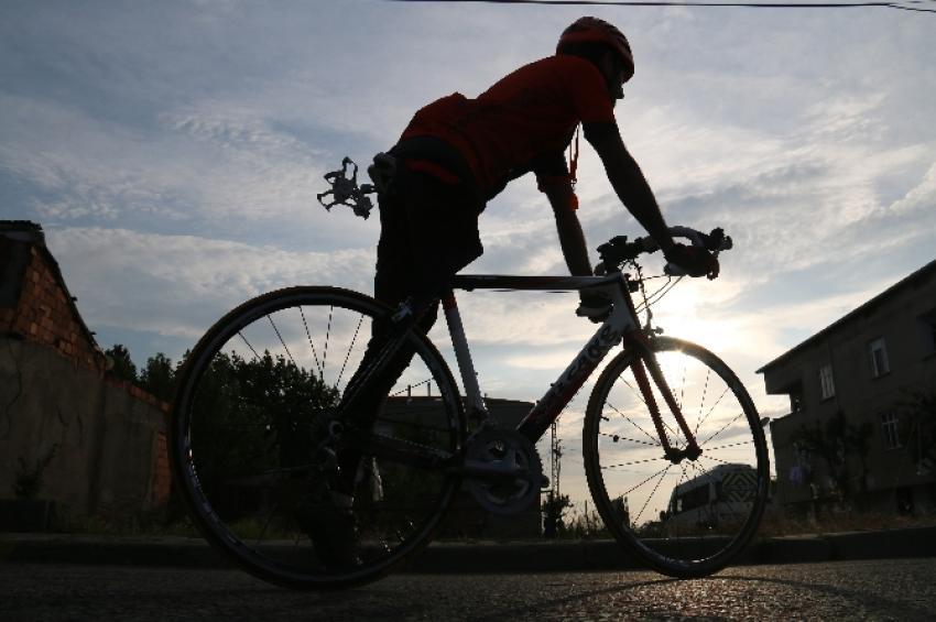 """""""Engelsiz"""" bisikletçiye kategori engeli"""