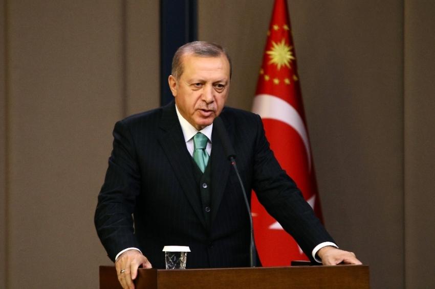 Erdoğan, Bayrak'ı tebrik etti
