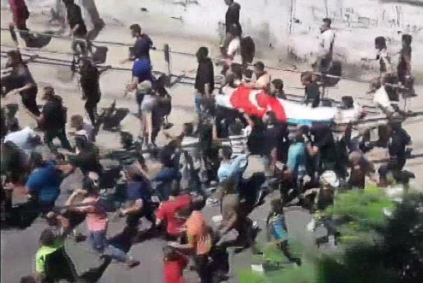Filistinli gencin naaşı vasiyeti üzerine Türk bayrağına sarıldı
