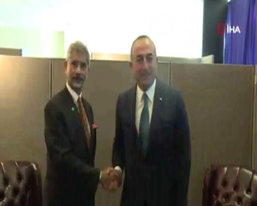 Bakan Çavuşoğlu, Hindistan Dışişleri Bakanı Jaishankar'la görüştü
