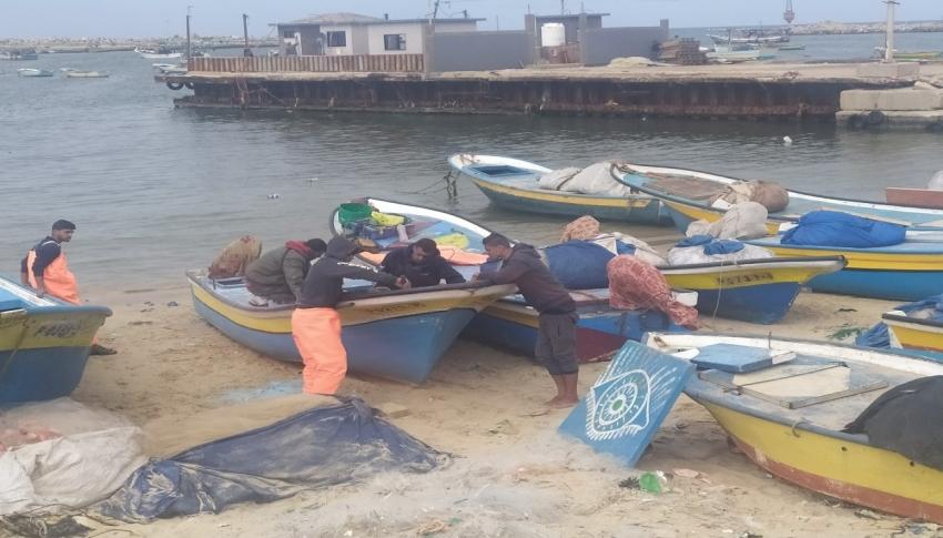 İsrail Gazze'deki balıkçıların avlanma mesafesini düşürdü