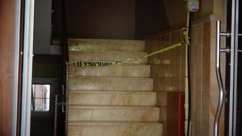 Kartal'da apartmanda yangın: 1 ölü
