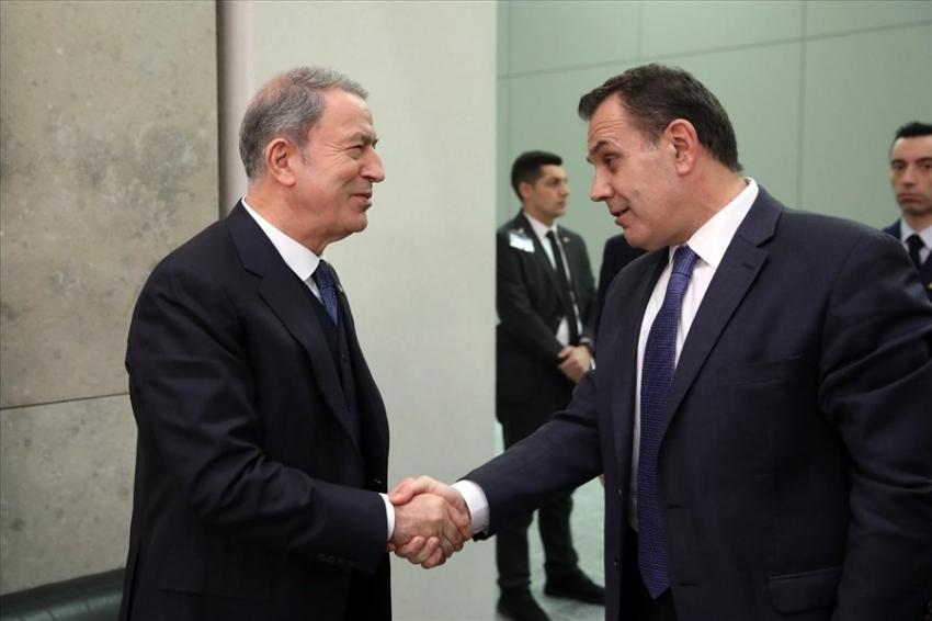Bakan Akar, Panagiotopoulos ile görüştü