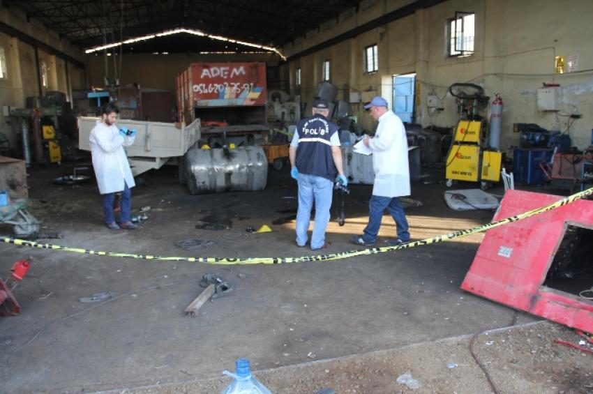 Kamyona ait akaryakıt deposu patladı