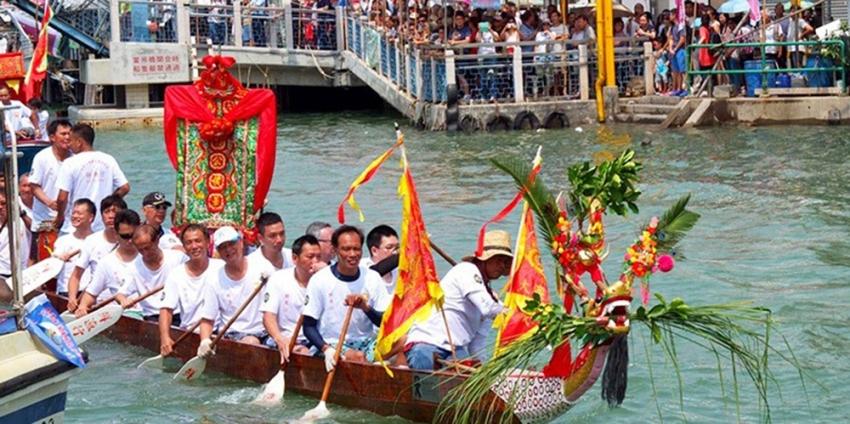 Hong Kong'da Ejderhalı Tekne Festivali heyecanı