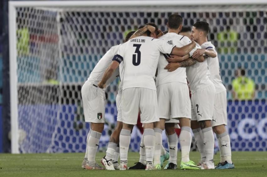 İtalya-Türkiye maçından kareler