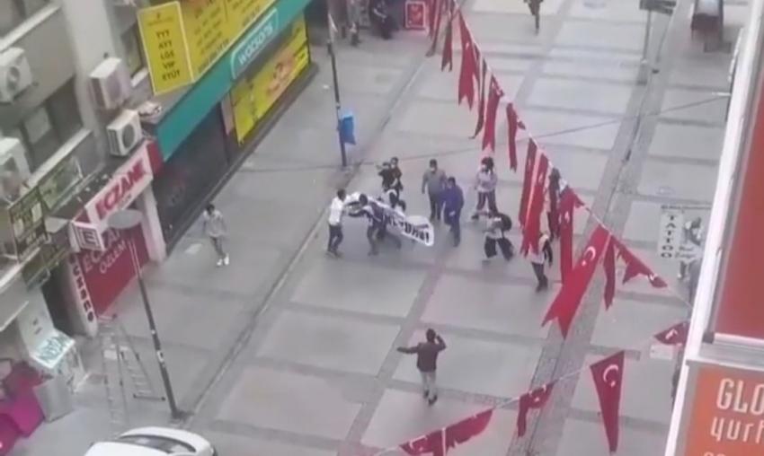 İzmir'de izinsiz 1 Mayıs kutlamasına 10 gözaltı