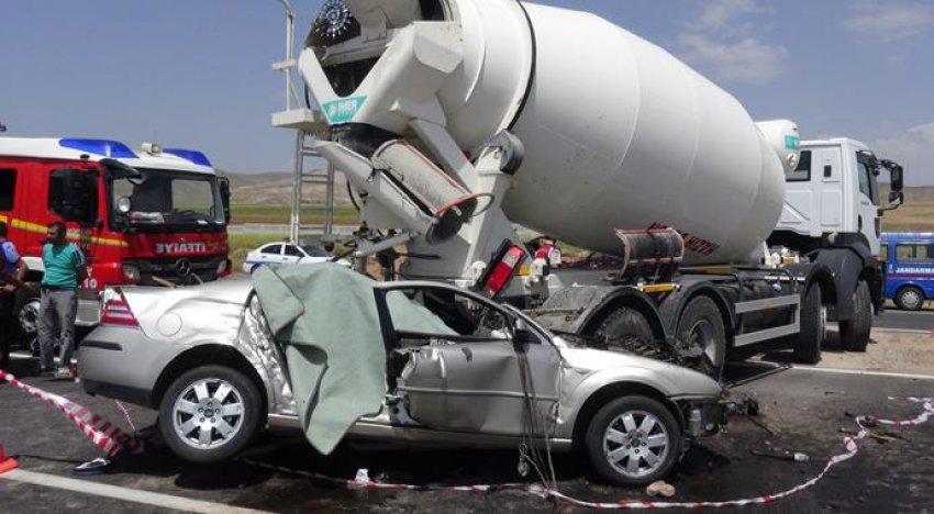 Korkunç kaza 3 can aldı