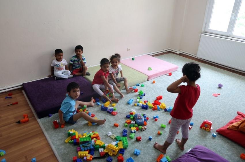 Çocukların kreşe başlama yaşı konusunda ailelere uyarı