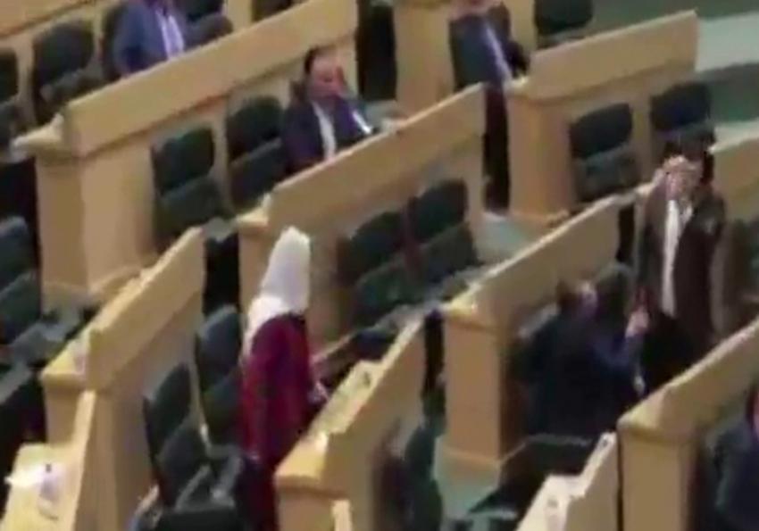 Ürdün meclisinde kavga