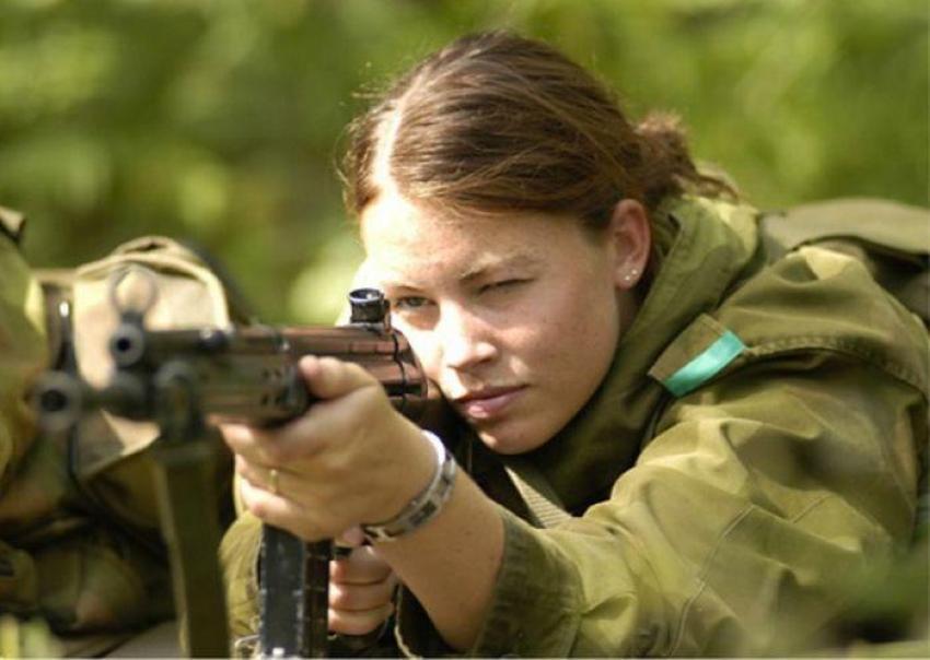 Norveç Ordusu'nda kadınlar ve erkekler aynı koğuşta kalıyor