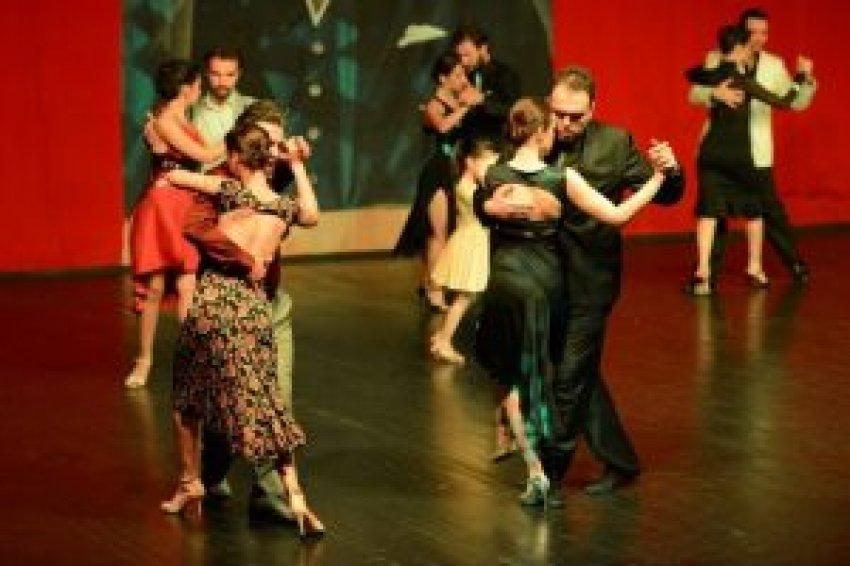 Tangonun kalbi Bursa'da attı