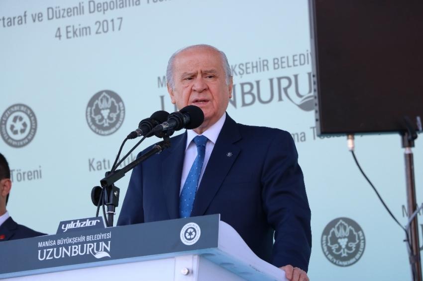 """""""Kaosu fırsata çeviren Barzani ateşle oynamaktadır"""""""