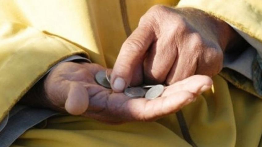 Türkiye'de yoksul sayısı arttı!