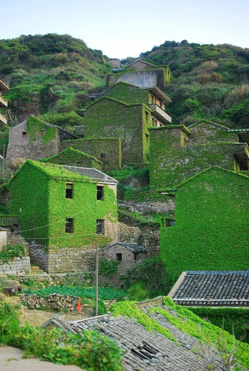 Terk edildikten sonra yeşeren köyden 17 fantastik fotoğraf