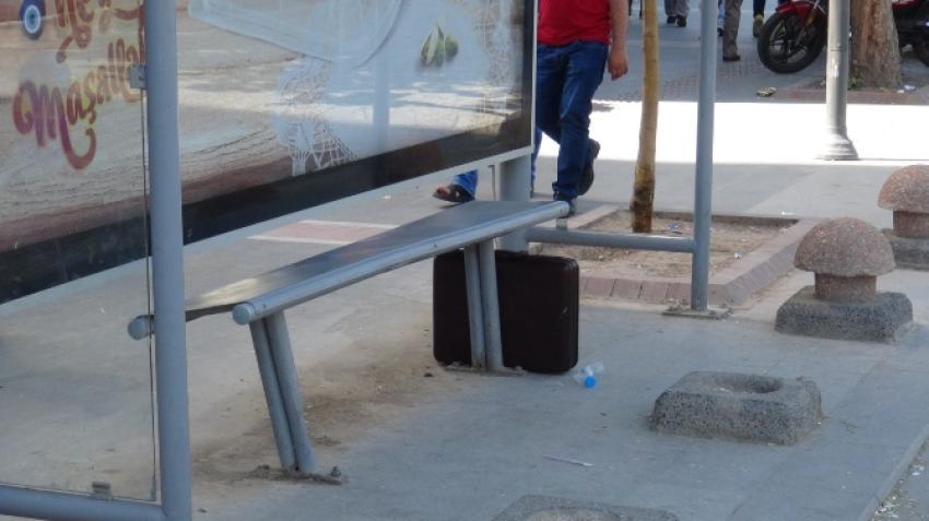 Şüpheli çanta paniği