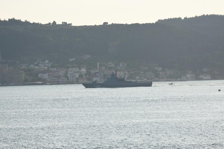 Rus savaş gemisi 'Vasily Bykov' Akdeniz'e iniyor