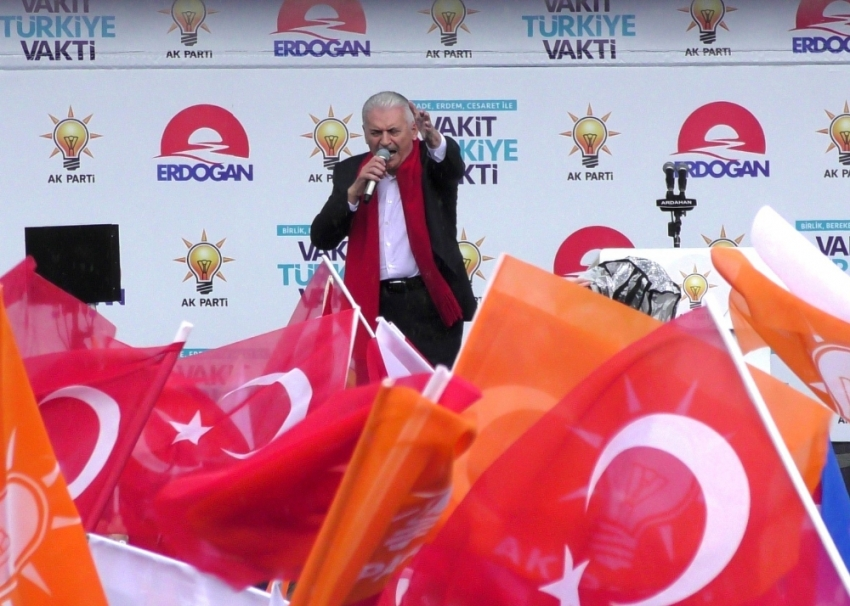 """""""Türkiye'yi dünyanın en güçlü ülkelerine arasına sokacağız"""""""