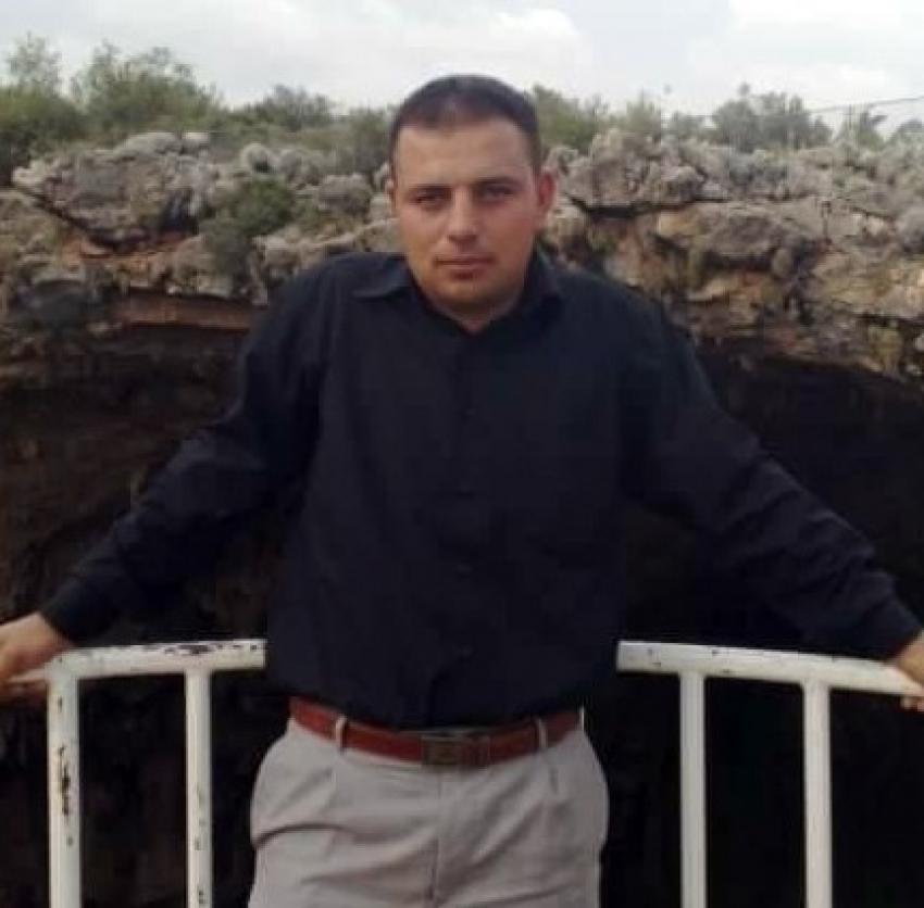 Okul servisi şoförü aracın içinde ölü bulundu