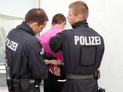 Almany'da şiddet suçları arttı