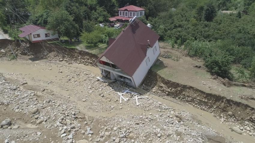 Esmahanım Köyü'nde yaşayan vatandaşlar felaket anını anlattı