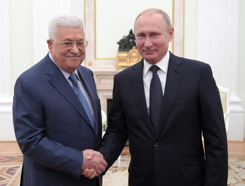 Putin, Mahmud Abbas ile görüştü