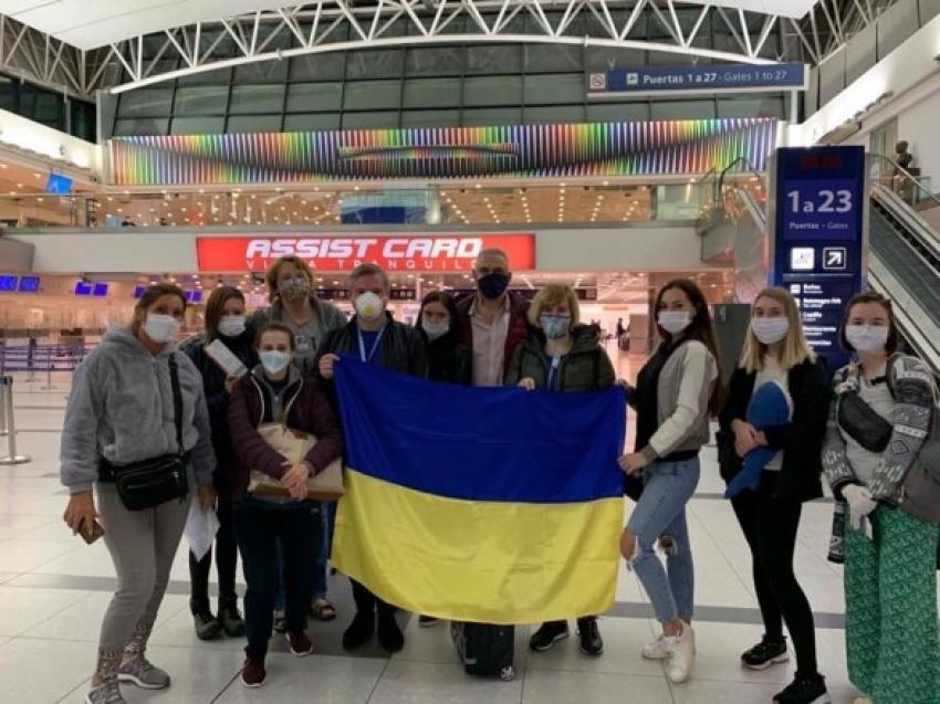Türkiye, Arjantin'de mahsur kalan Ukrayna vatandaşlarını tahliye etti