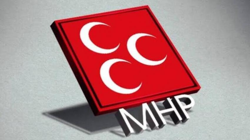MHP'de şok görevden alınma