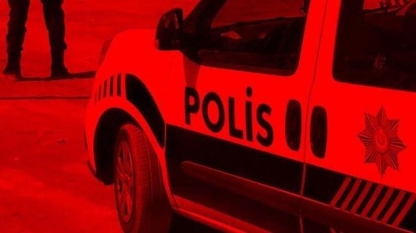 """Bursa'da kendilerini """"polis"""" olarak tanıtan 5 kişi..."""