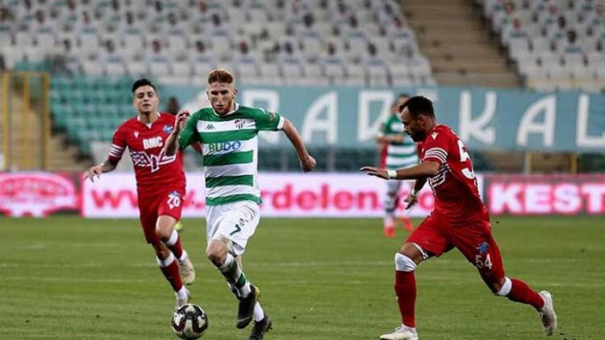 Bursaspor final için Adana'da