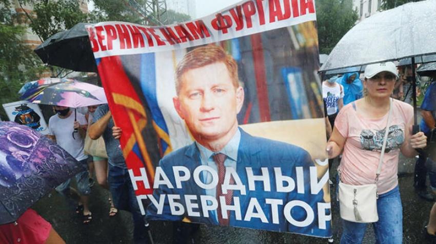 Putin'e karşı binler sokakta