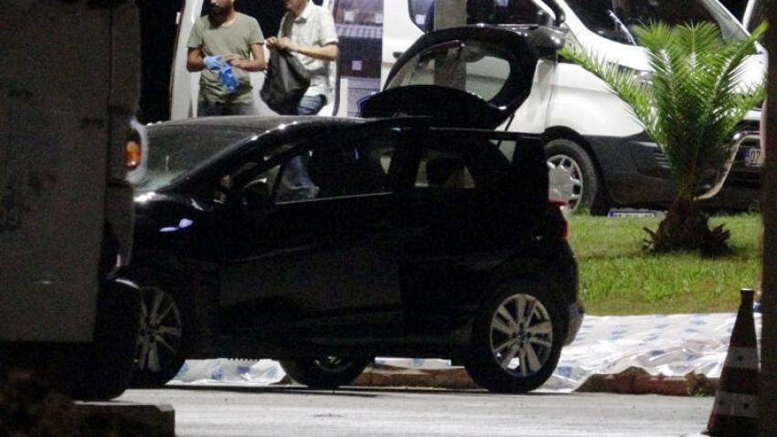 İşadamı otomobilin bagajında ölü bulundu