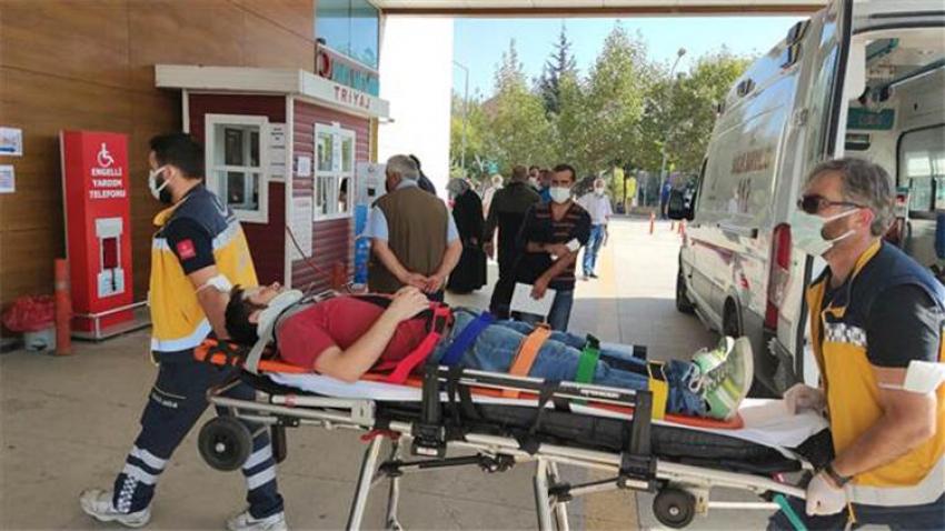 Bursa'da seyir halindeki minibüsten düştü